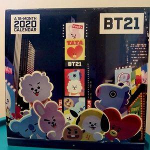Line Friends | BT21 16 Month Calendar (2020).
